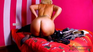 Didi Valendrey Webcam  Chubby Blonde in Stockings
